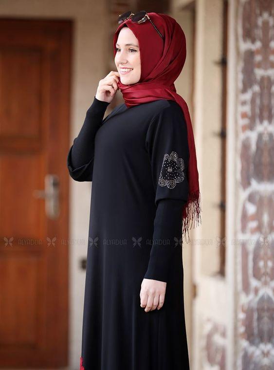 Siyah Kolları Merserize Çiçek Detaylı Elbise - ADC14585