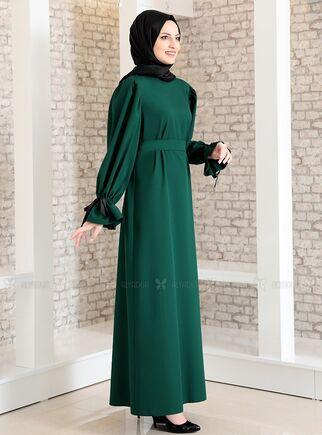 Zümrüt Kolu Bağcıklı Tesettür Elbise - FS15216 - Thumbnail
