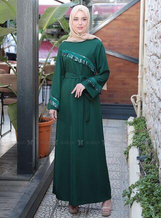 Emsale - Zümrüt Püskül Şeritli Elbise - ES15160